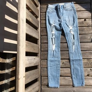 Pacsun Mid Rise Distressed Jegging